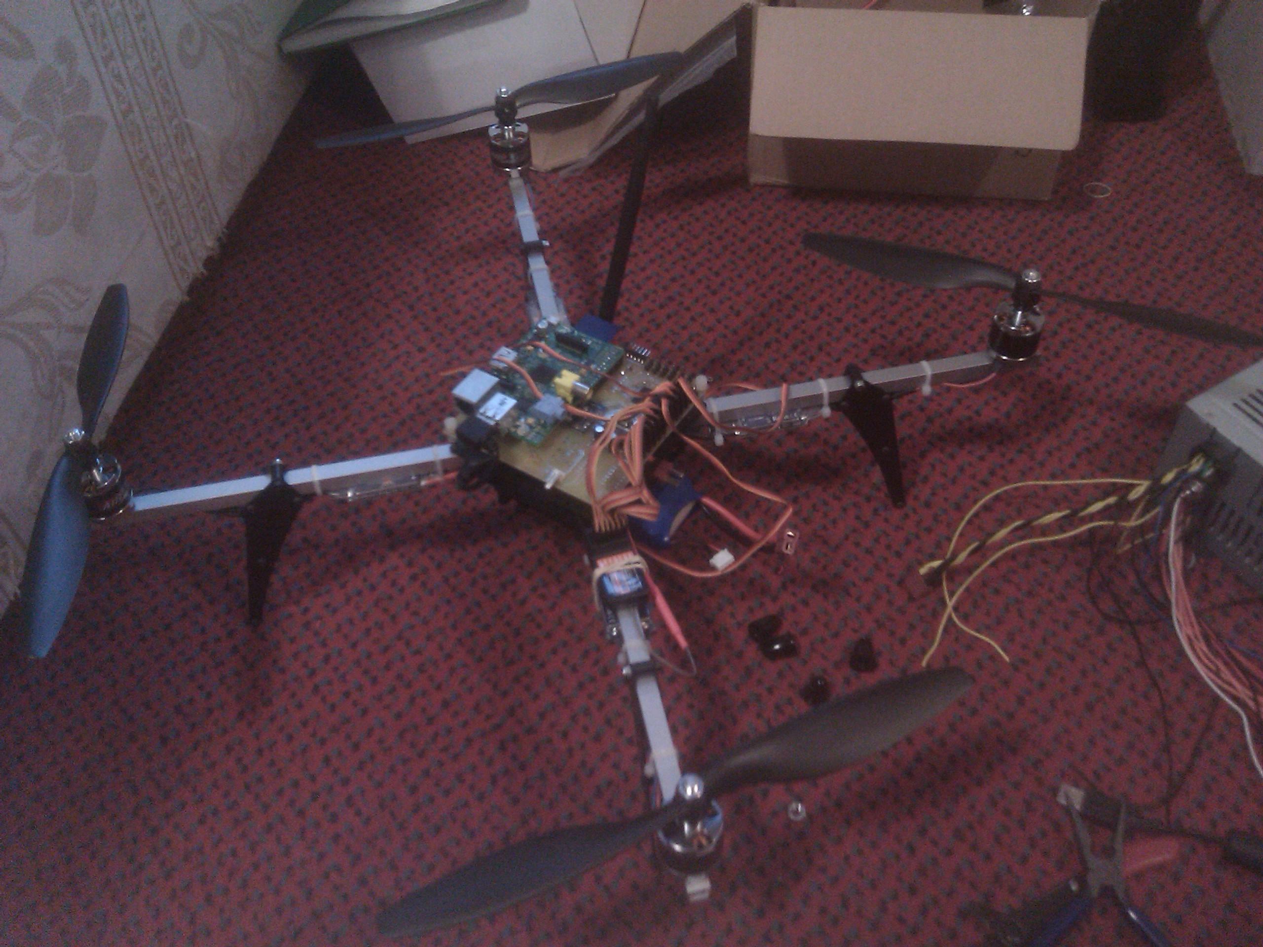 Helikopteri Raspberry Pi:llä